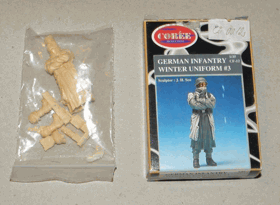 German Infantry Winter Uniform 3 CF-12 - Coreé 1:35